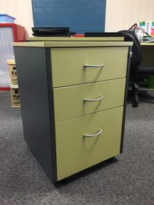 Mobile-pedestal-in-green-and-charcoal-2-personal-1-filing-e1567567012269